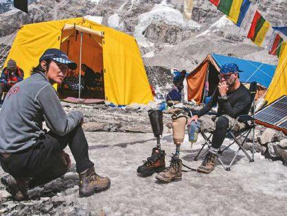 Nelson Cardona es el primer discapacitado en atacar la cima del Everest sin oxígeno